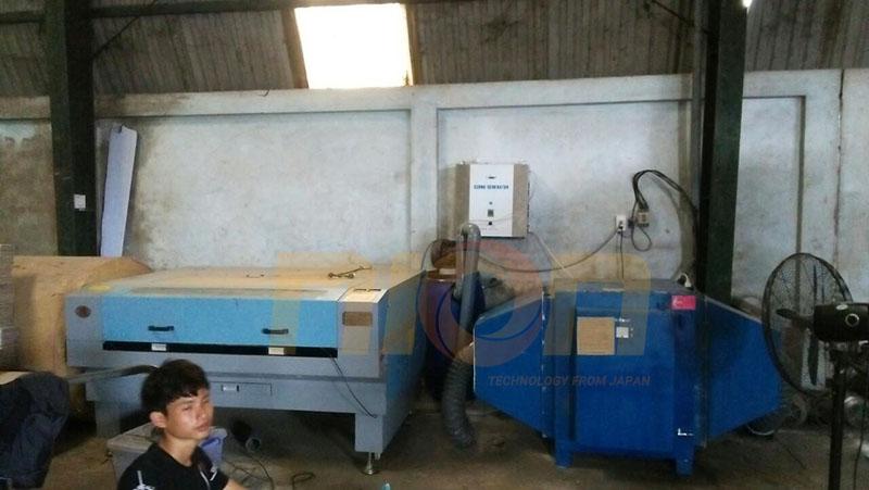 Hệ thống máy xử lý khí thải máy khắc laser trên bao bì sản phẩm